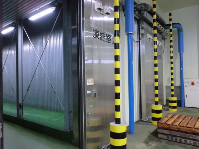 ▲凍結室をはじめ立体自動冷蔵施設、自動製氷施設など最新の設備が整っています。