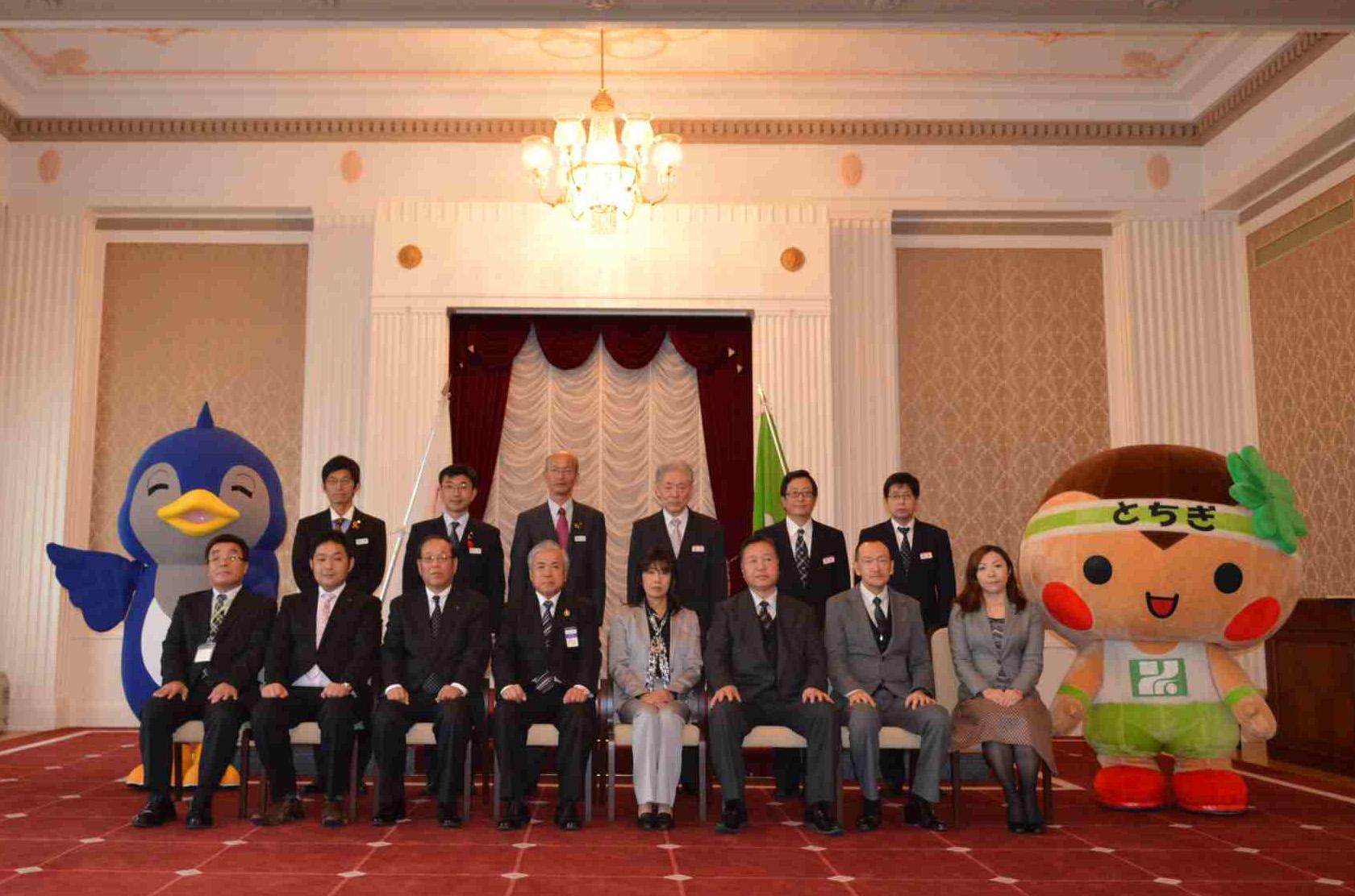 県知事賞は1事業所(東武宇都宮百貨店)、財団理事長賞は7事業所が受賞